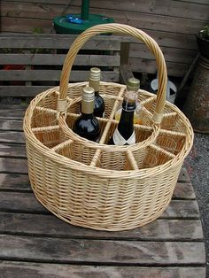 garden party&Picnic Basket&wine | Picnic Baskets : Wine Baskets : Celebrations Party Wine and Glass ...