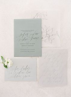 Paper suite by Tara Spencer | Styling by Tahnee Sanders| Photography by Vasia Han for Boheme Workshop #weddinginvitation