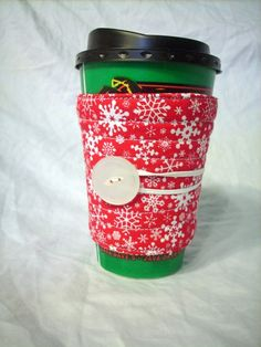 Red snowflake cup cosy