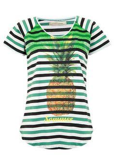 21dff69d5f Camiseta Sommer Classica Listra - Compre Agora