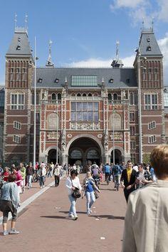 Rijksmuseum Amsterdam holds splendid art