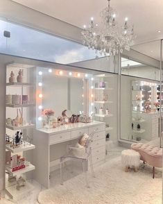 Pink Bedroom Decor, Bedroom Decor For Teen Girls, Room Ideas Bedroom, Teen Room Decor, Study Room Decor, Gold Bedroom, Teen Girl Bedrooms, Beauty Room Decor, Makeup Room Decor