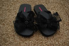Classy Clutter: cute addition to plain flip-flops