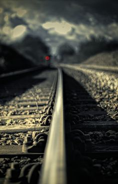 the photographer uses good aperture by focusing on the train tracks and blurring the stuff in the background Color Photography, Amazing Photography, Trains, Train Tracks, Great Shots, Railroad Tracks, Cool Photos, Scenery, Around The Worlds