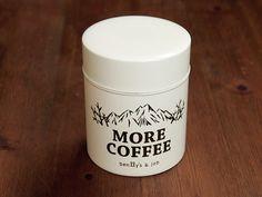 """Coffee Kan """"More Coffee""""。ハッチさんのイラストがいい感じのコーヒー缶。これ持ってお外でコーヒーするのが贅沢です。"""
