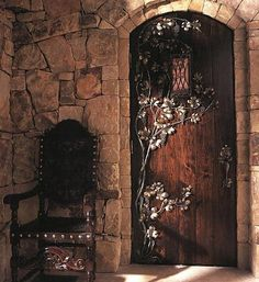 decorating medieval castle knights dragons theme knight inside bedroom door dragon themed doors cottage murals bedding rooms themes drzwi kute