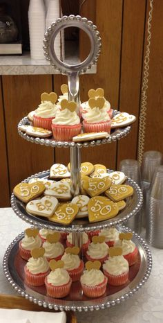 50th anniversary cupcakes and cookies