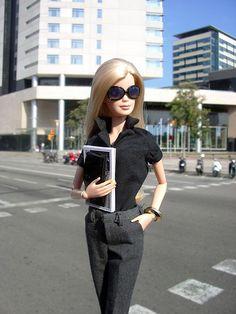http://www.dressupmybarbie.com/games/fashion-games/ Barbie fashion games #Barbie…