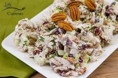 A budget-friendly delicious and easy to make chicken salad that's perfect for parties or lunches on the go! Pecan Chicken Salads, Chicken Curry Salad, Chicken Salad Recipes, Cranberry Chicken, Cranberry Stuffing, Cranberry Salad, Baked Chicken, Protein Packed Snacks, Healthy Protein Snacks