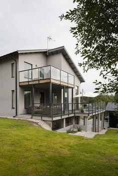 Terasseja monessa tasossa kivitalon ympärillä, lisää ideoita www.lammi-kivitalot.fi Open Concept, Finland, Work Hard, House Plans, Sweet Home, Houses, Mansions, Future, Architecture