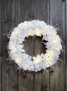 Door Hangers, Door Wreaths, Christmas Wreaths, Crochet Christmas, Halloween, Holiday Decor, Handmade, Hand Made, Crochet Christmas Cozy
