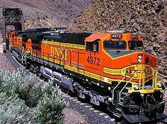 BNSF to test LNG locomotives this year - Railway Gazette