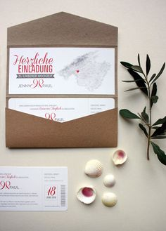 pocketfold einladungskarte aus kraftpapier mit boardingpass pocketfold wedding invitation craftpaper and boardingpas