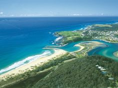 Just 1640 feet from Forsters Bay, Narooma Motel offers a barbecue area with outdoor seating and a communal kitchen. East Coast Tours, Stunning View, Beautiful, Picnic Area, Roadtrip, Sunshine Coast, Travelogue, Byron Bay, Adventure Awaits