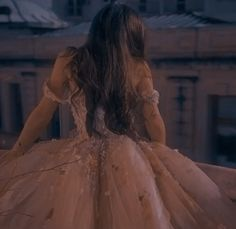Queen Aesthetic, Princess Aesthetic, Classy Aesthetic, Royal Dresses, Ball Dresses, Ball Gowns, Dark Princess, Vintage Princess, Fantasy Gowns