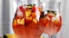 Peach and orange sangria: This sparkling sangría uses white wine instead of red, to better partner the vibrant peaches and oranges. Lemons and cherries may be added too, for an additional splash of color. A bit more potent than its sweet taste suggests, this sangria should be savored slowly.