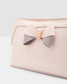c2c7f469f5bd Colour block wash bag - Pale Pink