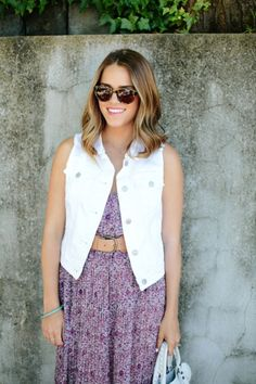 A favorite summer staple of mine is a pair of crisp white denim jeans. Itcan be worn year round, but this versatile additionis at its prime right now. From skirts to vests, there are a number of ways to wear white denim pieces to create a fresh, carefree summer look.We've rounded up some of our [...]