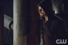 """Arrow -- """"The Promise"""" -- Image AR215b_0534b -- Pictured (L-R): Stephen Amell as Oliver Queen -- Photo: Cate Cameron/The CW -- © 2014 The CW Network, LLC. All Rights Reserved."""