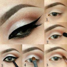 The perfect black eyeliner Makeup tutorial