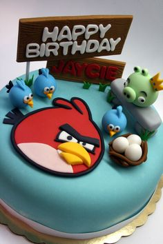 dinasour and safari birthday | Beautiful Kitchen: Angry Birds Inspired Cake for Jaycie's 9th Birthday