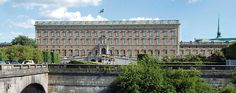 The Royal Palace of Stockholm, also known as Kungliga Slottet, is built in the baroque style and contains many interesting things to see. In addition to the Royal Apartments there are three museums; the palace has more than 600 rooms divided by seven floors.