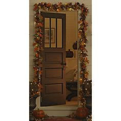 Love this lighted fall garland. I love how it glows such a nice fall decoration :)