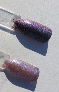 Black to Pink Thermal Nail Polish Thermal Nail Polish, Types Of Manicures, Cat Eye Nails, Clean Nails, Blue Glitter, Perfect Nails, Holiday Nails, Nail Polish Colors, Red Nails