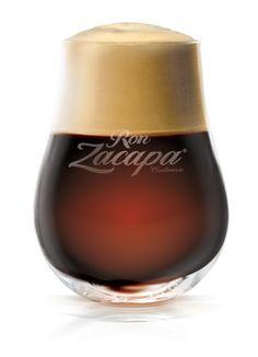 Prepara un coctel con ron Zacapa y café