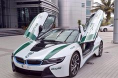 BMW i8 Polizei Dubai
