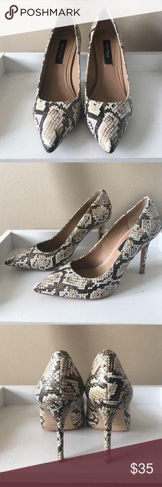 """WHBM NWOT Snakeskin Print Heels I love these heels but can't walk in them because I'm just not talented like that lol  they have about a 3.5"""" Heel and the pattern is gorgeous on them White House Black Market Shoes Heels"""