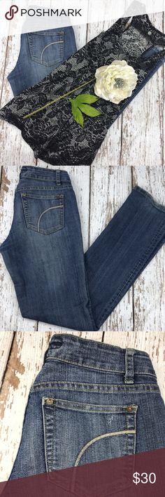 "💕SALE💕Joe's Honey Premium Denim Jeans Awesome 💕Joe's Honey Premium Denim Jeans 33"" Inseam 7"" Rise some wear on cuffs Joe's Jeans Jeans"