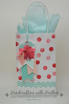 Heather's awesome gift bag decorated with Work of Art, In Color dsp, Scalloped Tag Topper punch, & the Banners framelits. All supplies from Stampin' Up!