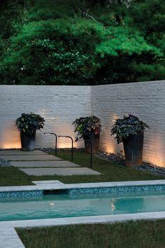 Ideas For Exterior Garden Lighting Landscaping House Paint Exterior, Exterior Paint Colors, Exterior House Colors, Paint Colors For Home, Exterior Design, Interior And Exterior, Diy Exterior, Exterior Light Fixtures, Outdoor Light Fixtures