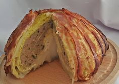 Töltött kelkáposzta | TraRita receptje - Cookpad receptek Baked Potato, Cabbage, Bacon, Sandwiches, Potatoes, Vegetables, Ethnic Recipes, Food, Potato