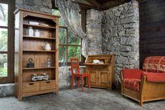 Vplyv života v odľahlých vysokohorských dedinkách inšpiroval dizajnéra k vytvoreniu kolekcie Coeur des Alpes, kde sa snúbia čisté línie s výrezom ornamentov. Starostlivo vyberané kovania ako aj drevené švíky dodávajú nábytkom svojráznosť. #furniture #countrywoodfurniture #furnituring #woodworkingskills #cottage #woodfurniture #woodfurnituredesign #cottagestyle #cottagefurniture #furnitureproduction #interiery #masivnynabytok #masiv #chatari #nabytok Evergreen, Bookcase, Shelves, Furniture, Home Decor, Alps, Shelving, Decoration Home, Room Decor