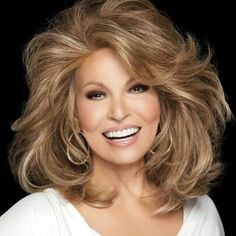 Raquel Welch - If you have physical attractiveness you don't have to act.