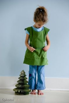 girls smock, good for painting and crafting