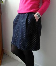 Jupe lainage marine à pois dorés France Duval Stalla Coin Couture, Couture Sewing, Sewing Clothes, Diy Clothes, Clothes For Women, Tulip Skirt, Dress Skirt, Diy Jupe, Aime Comme Marie
