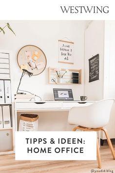 Von zuhause aus arbeiten hat viele Vorteile: Wir können unseren Tagesablauf selbst bestimmen, haben viel Freiraum für Kreativität und müssen keine langen Wege zum Arbeitsplatz auf uns nehmen. Und das Beste für alle Interior-Fans: Wir dürfen unser Office ganz nach unserem eigenen Geschmack einrichten! Wir sind ja bekanntermaßen am produktivsten, wenn wir uns wohl fühlen und uns konzentrieren können./Westwing Home Office Büro Zuhause arbeiten modern Arbeitsplatz Schreibtisch Idee Inspiration 2021 Home Office, Diy Tapis, Feng Shui, Woman Cave, Decoration, Design, Home Decor, Desk Nook, Command Centers