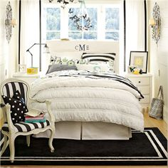 Key Interiors by Shinay: Not Pink and Beautiful Teen Girl Bedrooms  This is a very nice bedroom for teens!! I know I wud love it!