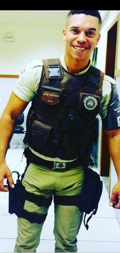 Black Muscle Men, Black Men, Tight Jeans Men, Sexy Tattooed Men, Hot Cops, Men In Uniform, Single Men, Muscular Men, Military Men