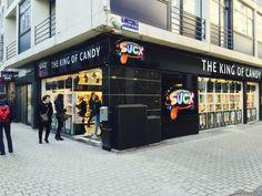 Une balade à Liège ? Arrêtez-vous chez Sucx à l'angle de la rue pont d'Avroy et de la rue Mouton Blanc. #sucx #bonbons #liège #belgique #bonbon #kingofcandy #candy #adulescents