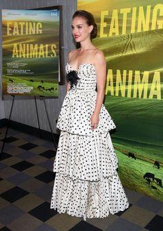 Best Dressed Celebrities: Kate Moss, Rihanna, Sarah Paulson, and More