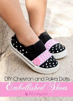 DIY Chevron and Polka Dots Embellished Shoes tutorial Shoe Refashion, Embellished Shoes, Kid Shoes, Diy Fashion, Womens Fashion, Diy Tutorial, Diy Clothes, Polka Dots, My Style