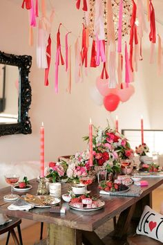 44 Magnificient Party Decoration Ideas For Valentines Day. Valentine's Day has been associated with parties and celebrations for centuries and the tradition continues today. This is one time of the . Valentines Day Food, Kinder Valentines, Valentines Day Decorations, Valentine Party, Valentines Day Tablescapes, Easter Party, Valentinstag Party, Party Decoration, Valentine's Day Quotes