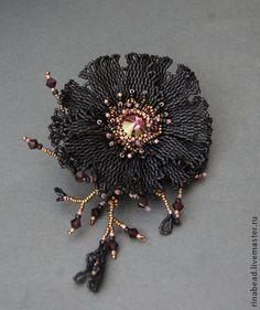 "Broche ""Terciopelo Negro"" - negro, púrpura,, broche, con cuentas de color púrpura oscuro broche de flor"