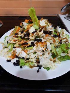 Σαλάτα τέλεια! Asparagus, Salads, Meat, Chicken, Vegetables, Cooking, Recipes, Food, House