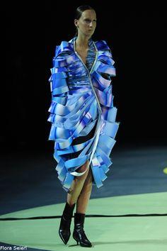 Futuristic Cyber Avant Garde Rules On Pinterest Future Fashion