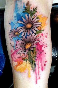 Daisy tattoos, daisy flower tattoo designs for girls and women, daisy flower tattoos with meanings, daisy flower tattoo ideas for women with meaning, Sunflower Tattoo Sleeve, Sunflower Tattoo Shoulder, Sunflower Tattoo Small, Sunflower Tattoo Design, 1 Tattoo, Mom Tattoos, Skull Tattoos, Body Art Tattoos, Sleeve Tattoos
